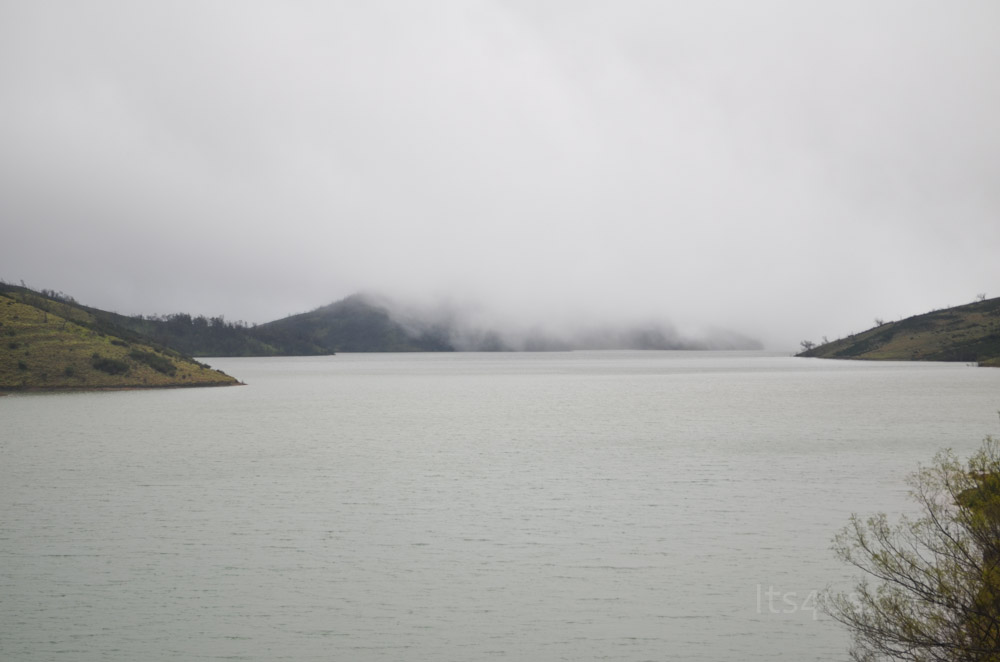 Lakkidi ( backwater of Upper Bhavani Reservoir )